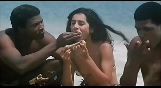 Indian Actress Kitu Gidwani Topless In French Movie Black