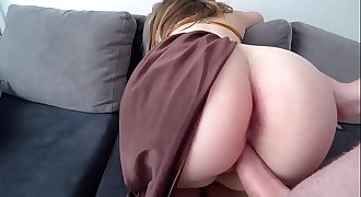 Princess Leia with big juicy pouch fucks with a guy