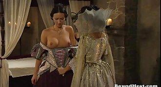 Countess Enjoys In Fresh Lesbian Subs