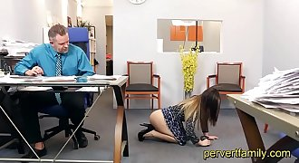 Pervertfamily- old StepDad seduces by horny StepDaughter