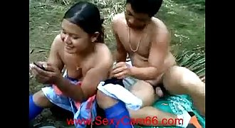 Indonesian Oil Palm Plantation Workers Outdoor Fuck (new)--Sexycam66.com