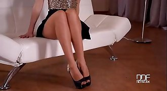 Blonde teasing in Pantyhose