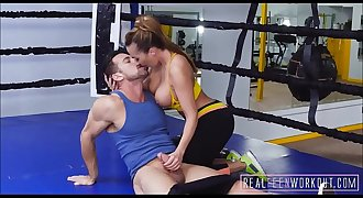 Hot Big Ass & Tits Mummy Fucked In Boxing Ring