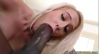 Cadence Lux tries Mandingo's black dick
